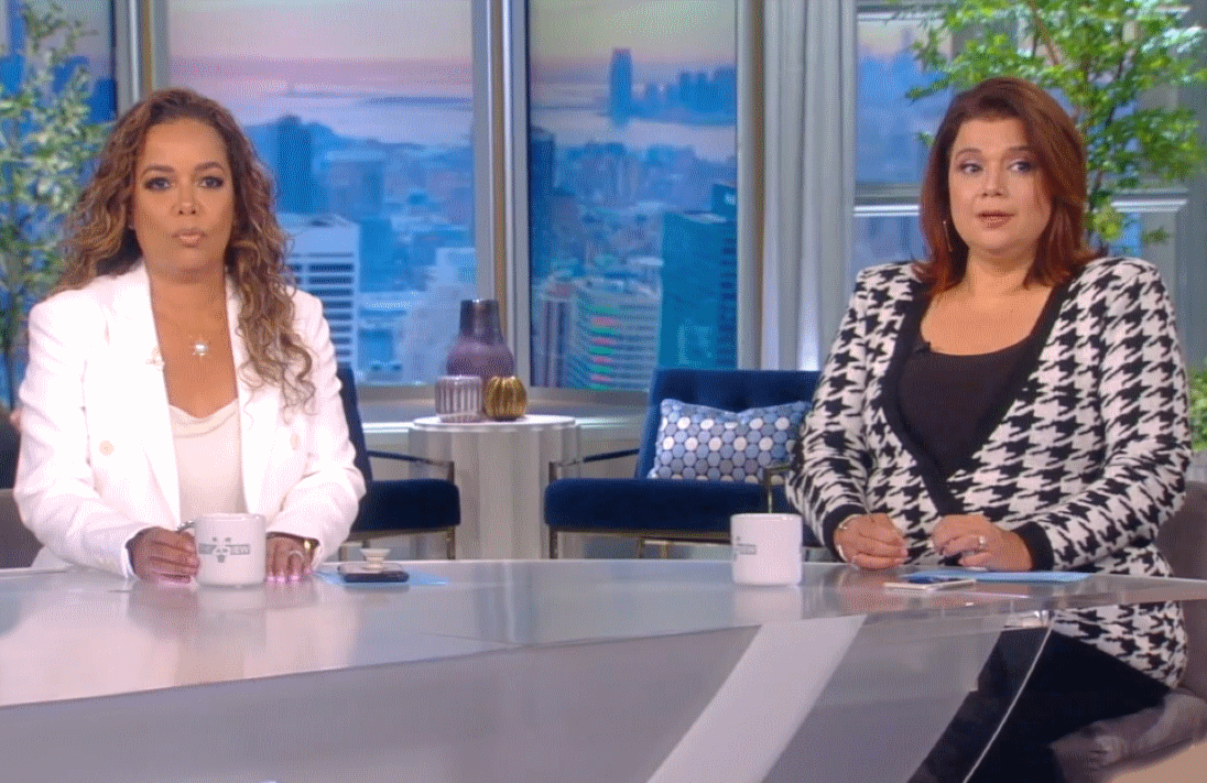Sunny Hostin and Ana Navarro were asked to leave The View's studio Friday morning after testing positive for COVID-19. (Photo: ABC)