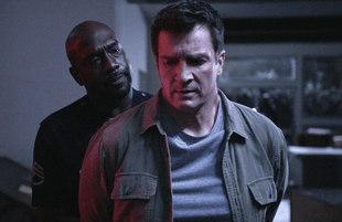 Richard T. Jones and Nathan Fillion in The Rookie. (ABC)