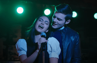 Camila Mendes and Chris Mason in Riverdale (CW)