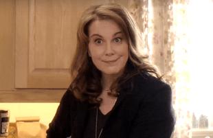 Elizabeth Perkins in The Moodys (Fox)