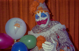 Has this familiar image obscured the realities of Gacy's case? (Marty Zielinski/Peacock)