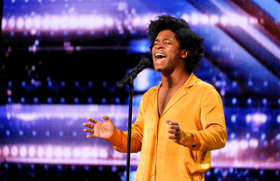 Singer Jimmie Herrod performs in AGT's audition round. (Photo: NBC)