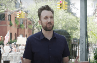 Jordan Klepper at an anti-vax mandate protest (Photo: Comedy Central)
