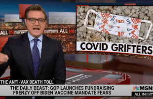 """MSNBC host Chris Hayes discusses Fox News and other """"Covid Grifters"""" (Photo: MSNBC)"""